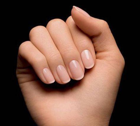 Manucure mariage french - Les plus belles manucures de mariage pour se faire passer la bague au doigt - Elle