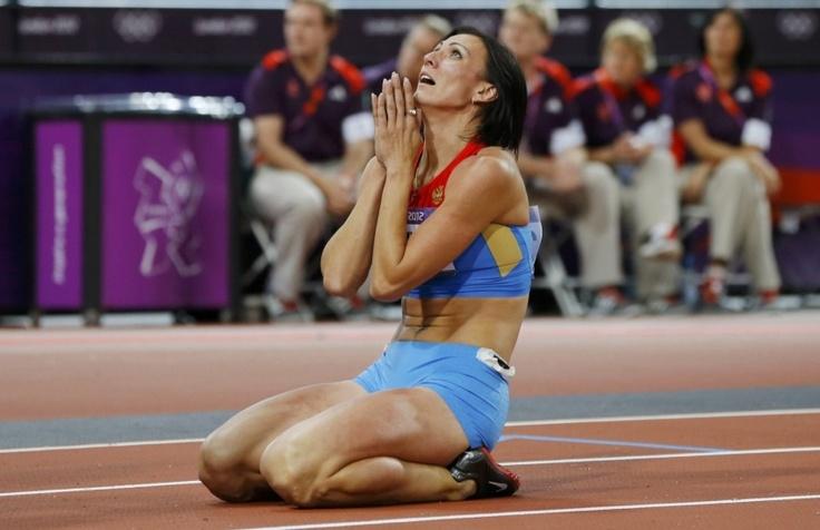 la Russe Natalya Antyukh décroche son premier titre mondial en devenant championne olympique du 400 m haies