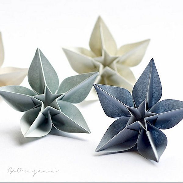 DIY ORIGAMI - Beautiful Paper Ornaments for Christmas                                                                                                                                                                                 More