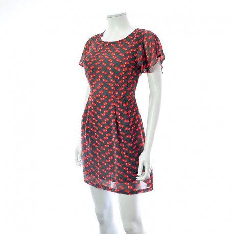 Shopper votre : Robe - Vero Moda à 7,50 € : Découvrez notre boutique en ligne : www.entre-copines.be | livraison gratuite dès 45 € d'achats ;)    La mode à petits prix ! N'hésitez pas à nous suivre. #fashion #follow4follow #Robes, Soldes #Vero Moda