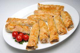 Börek er et tyrkiskbakverk med forskjellige typer fyll. Deigen minner veldig om filodeig, men er litt annerledes. Derfor er det viktig a...