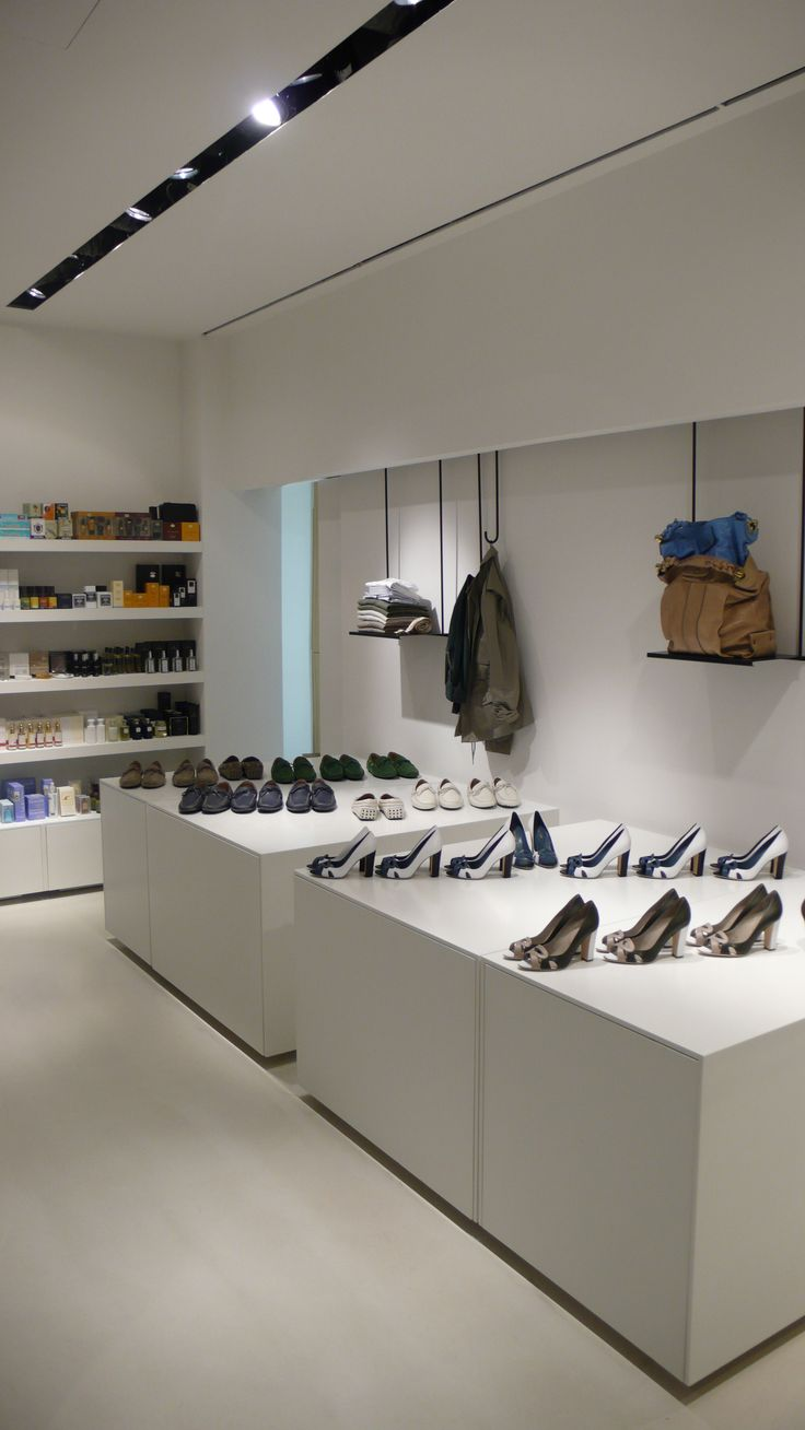 Modular presentation areas in multibrand store Simeone in Crema, Italy, with interior design by PHILIPP MAINZER (2009). Photo: Alessio Bolzoni. #fashion #shelf