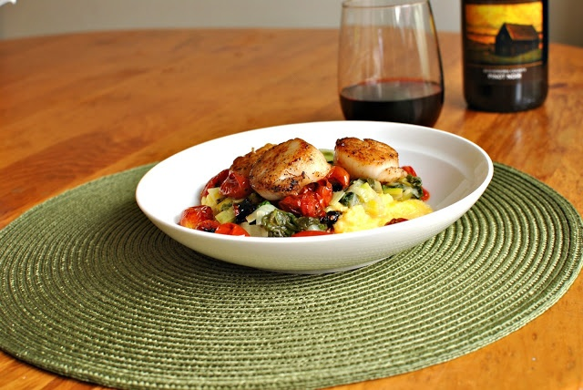 Pan Seared Scallops with Roasted Tomatoes, Leeks and Creamy Polenta