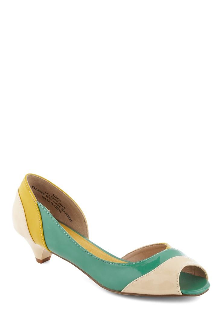 Cute!: Vintage Heels, Colors Combos, Accent Heels, Kittens Heels Shoes, Colors Palettes, Heels Outfits, Outfits Accent, Green Colors, Retro Vintage