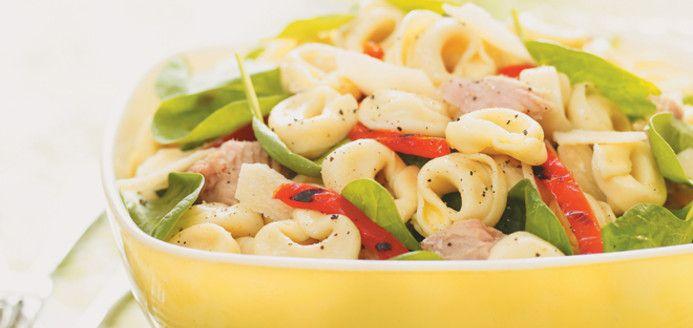 Salade de tortellinis au thon et aux épinards Recettes | Ricardo