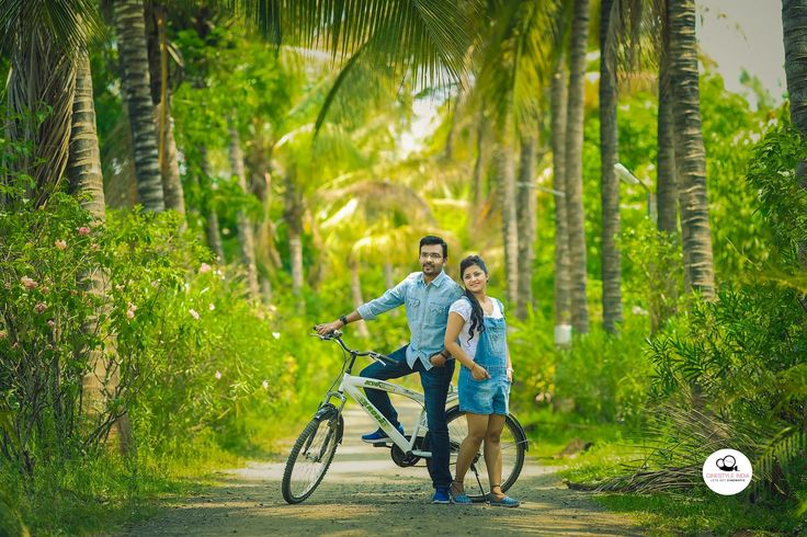 Vishal Loke & Kiran Shirure #couplephotoshoot #couplepicture #marathicouple #prewedding #makeup #beautiful #girl #shoot #pretty #lovely #eyes #marvellous #top #photography #north #indian #yavatmal #pune #mumbai #best #photographer #cinestyleindia #rajinder_sharma www.cinestyleindia.in All Rights reserved Cinestyle India © 2017