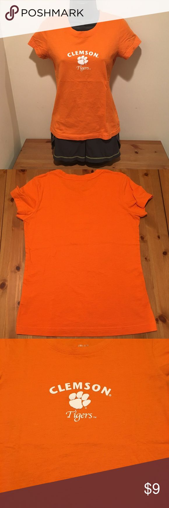 3/$15 or $9 FIRM Clemson Tigers women's t-shirt Go Tigers! Clemson fans will love this shirt. Super soft and comfortable T-shirt with the Clemson university Tigers logo on the front. Gently used. Note the small stain near the left under arm, not likely to be noticeable when wearing due to its location. Price reflects condition. Smoke free home. Clemson University Tops Tees - Short Sleeve