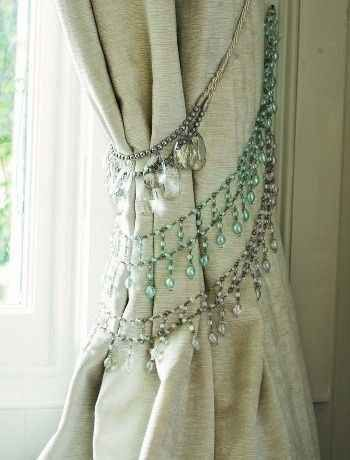 Repurpose your old rhinestone necklaces to make curtain tiebacks for a bohemian-inspired home. | http://interiordecoratinglupe.blogspot.com