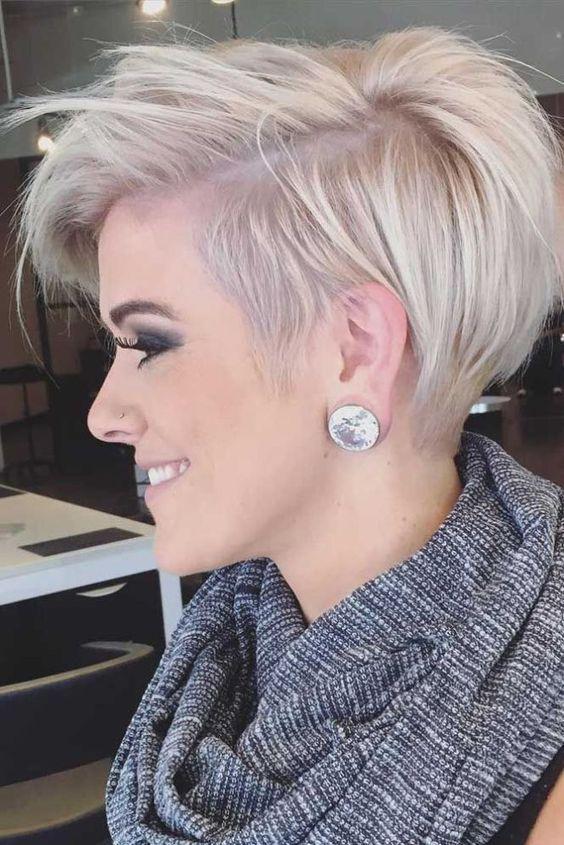 Nouvelle Tendance Coiffures Pour Femme 2017 / 2018 Si vous vous sentez en gras et que vous voulez un changement des coupes de cheveux courts pour les cheveux épais
