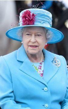 Queen Elizabeth, June 13, 2009 in Rachel Trevor Morgan | Royal Hats