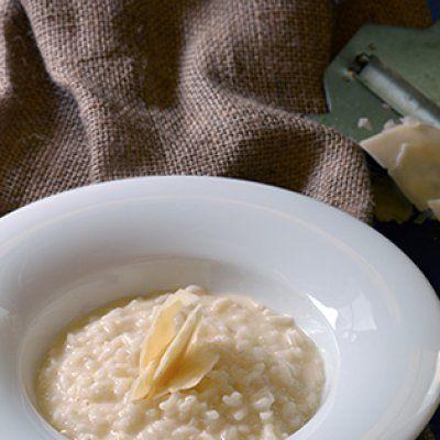 Συνταγή για ριζότο παρμεζάνα από τον Γιάννη Λουκάκο! Φοβερή συνταγή για ένα θεϊκό ριζότο με απλά υλικά και εύκολη εκτέλεση που θα κερδίσει τις εντυπώσεις! ...