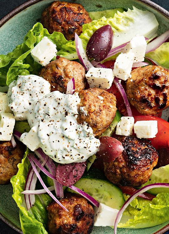 How to make Greek-Style Meatball Salad