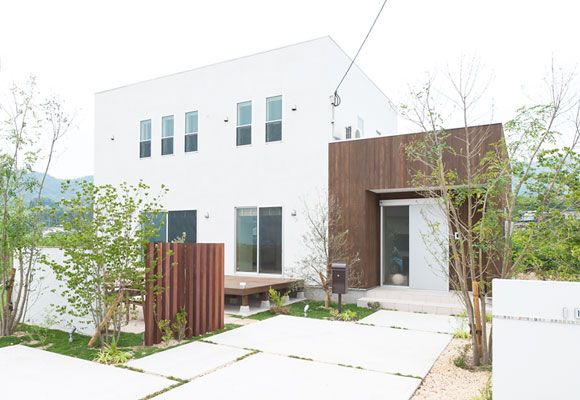 インテリアコーディネーターの住まい。高気密・高断熱な家のつくりにより、自然素材 自由設計 高機能住宅 地域密着 福岡県