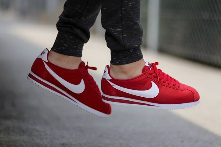 Nike Cortez. Watch out for fakes.. get a 27 point step-by-step guide on spotting…
