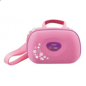 VTech Kidizoom Draagtas Roze - Bescherm je Kidizoom in je eigen tas! Met verstelbare en los te koppelen draagriem en opbergvakken voor de hoofdtelefoon, batterijen en handleiding.http://www.freemans.com/products/vtech-pink-kidizoom-travelbag/_/A-58T385_