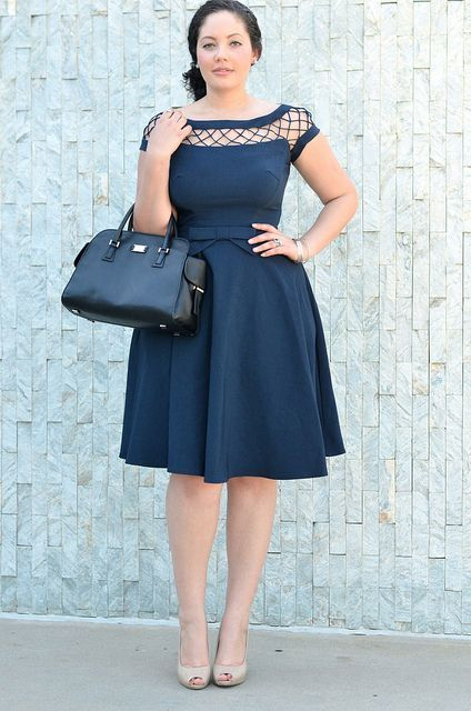 Classic fit and flare dress - girl with curves. For more inbetweenie and plus size style ideas go to www.dressingup.co.nz