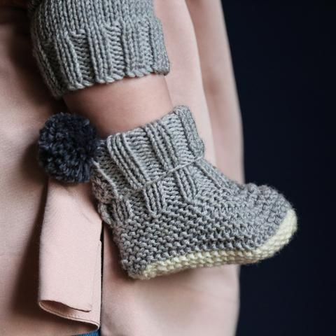 Soft and stylish baby booties for tiny toes by Petite Albion Booties are hand knitted in softest Italian Merino wool,...