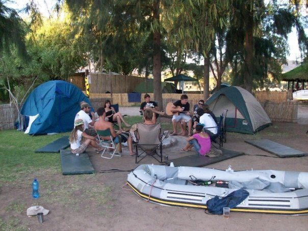 During the trip we camp on the banks of the Orange River under the stars.