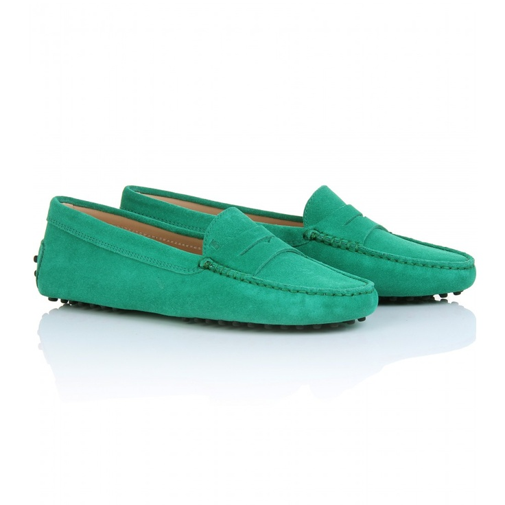 Tod's Gommini Loafers: Yummy Colors, Driving Shoes, Shoes Icid, Dear Shoes, Cute Shoes, Colors Me Happy, Gommini Loafers, Rich Colors, Shoes Shoes