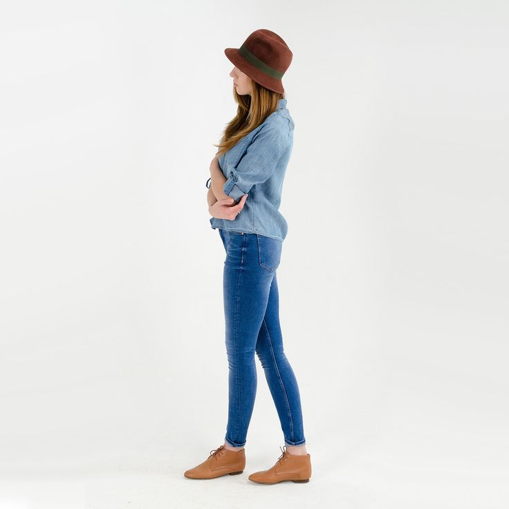 Look with ginger brown fedora hat