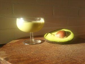 Avocado mango smoothie lekker voor het hardlopen