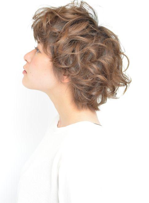 【ショートヘア】くるくるパーマの外国人風ショート/lotの髪型・ヘアスタイル・ヘアカタログ|2016春夏