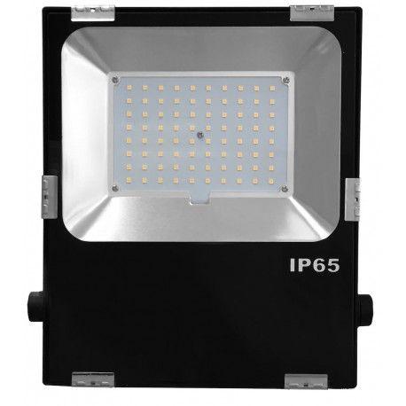 Eclairage LED Horticole Blanc à spectre solaire Etanchéité IP65 Totalement silencieux,ventilation 100% passive Plus besoin de ballast ni de réflecteur LED Philips Idéal pour murs végétaux et cultures en lumière naturelle Puissance consommée 60W Garantie3ans Plug & Play (branchement sur prise électrique Standard)