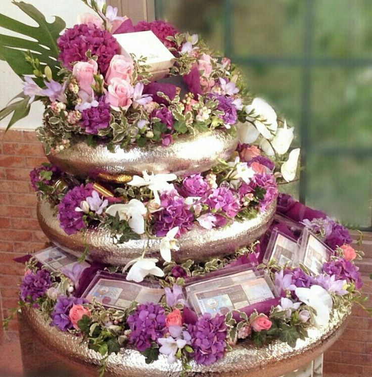 Wedding Gift List Uae : ... daza #wedding #luxuryflowers #floralarrangements #bride #bridal #gifts