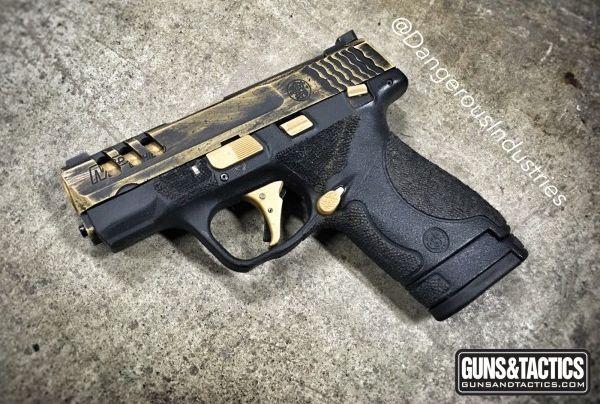 Glock 43 vs S&W Shield: The Best CCW | GUNSANDTACTICS.COM http://www.gunsandtactics.com/glock-43-vs-sw-shield-the-best-ccw
