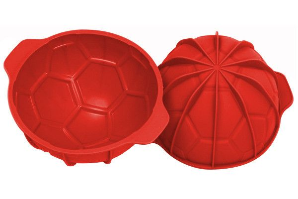 Goal – SoGlam Kitchen the exclusive mould designed to create ball-shaped desserts! #silikomart, #goal, #silicone, #mould, #ball