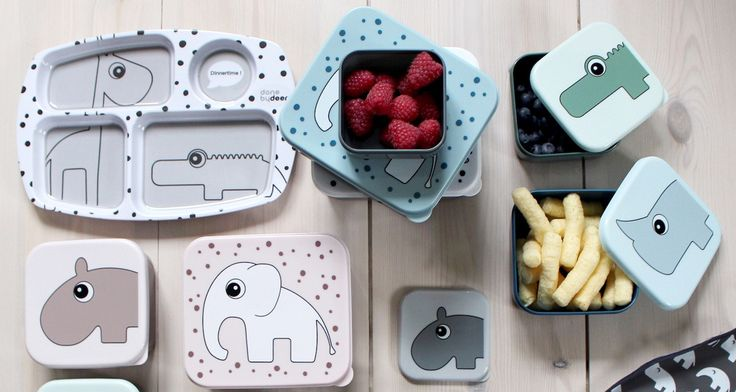 Luna Magazin have found 9 of their favorite lunch boxes for kids, based on functionality and design. See them here.