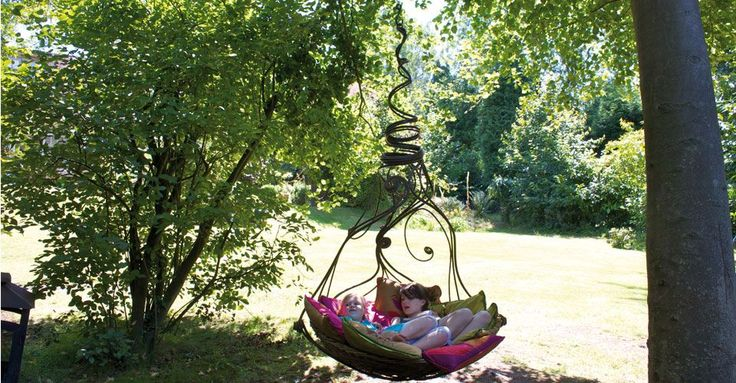 willow basket and wrought iron: Gardens Swings, Chairs, Myburgh Design, Myburghdesign, Backyard, Trees Swings, Outdoor Area, Outdoor Swings, Jasmine Swings