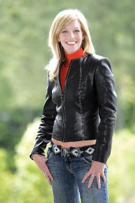 Krista Voda is an American sportscaster who covers auto ...