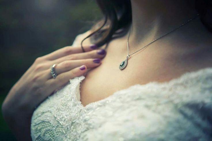 Bridal jewellery, wedding photography