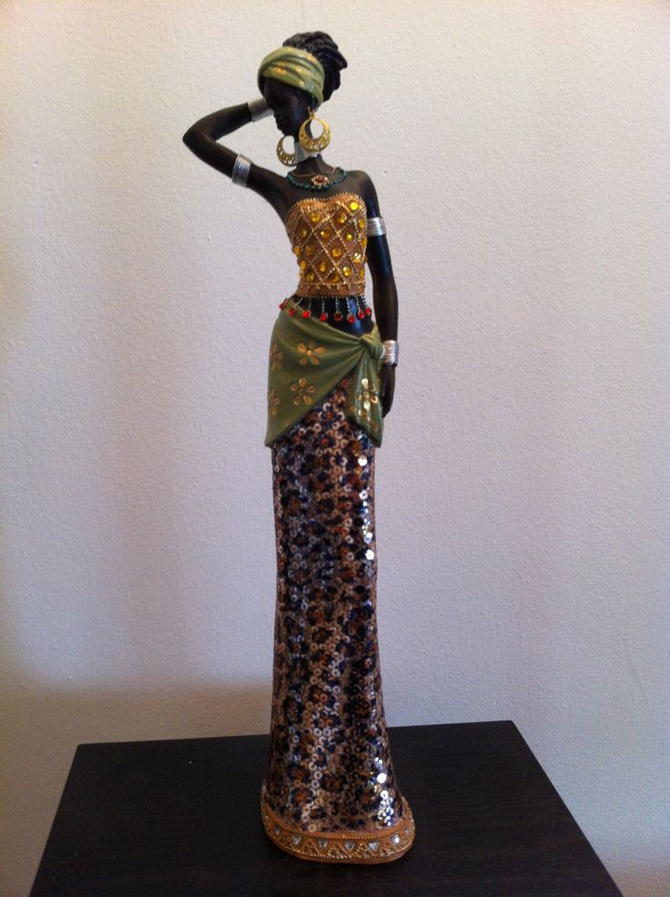 African Woman Statue Colorful Masai Tribal by phantomas2011
