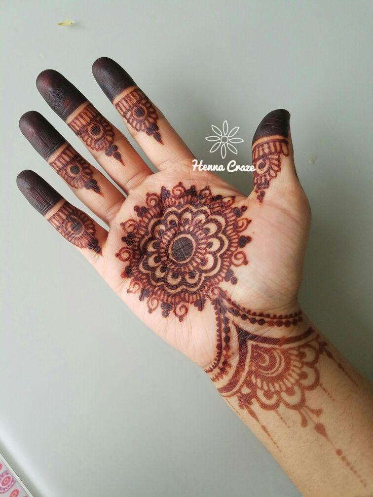 Henna Craze by SUMEYYA www.hennacraze.com Chicago, IL based pro henna artist