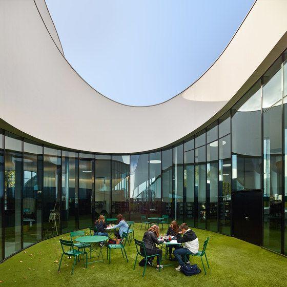 Media library [Third-Place] von Dominique Coulon & Associés | Verwaltungsgebäude