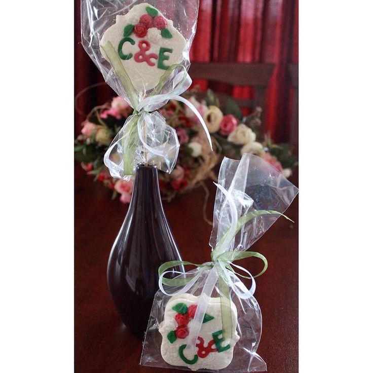 """""""Söz için yaptığımız kurabiyeler  #sözkurabiyesi #söz #kurabiye #şekerhamuru #şekerhamurlukurabiye #düğün #nikah #nişan #nişankurabiyesi #düğünkurabiyesi…"""""""