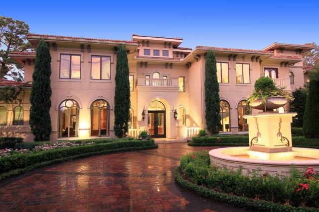 17 best images about ideas for circle driveway fountain for A la maison westlake village