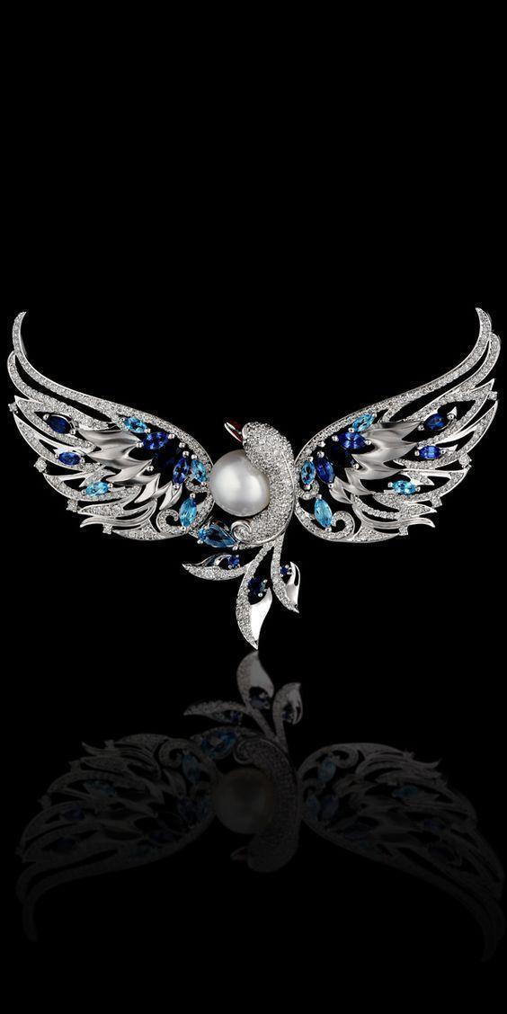 Master Exclusive Jewellery - Birds of Paradise #GoldJewelleryBirdOfParadise #ContemporaryGoldJewellery