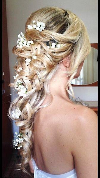 Matrimonio.it | #Acconciatura #sposa dal vero della nostra Annalisa #bionda #fiori #updo #flowers #blonde #bride #girl #hair