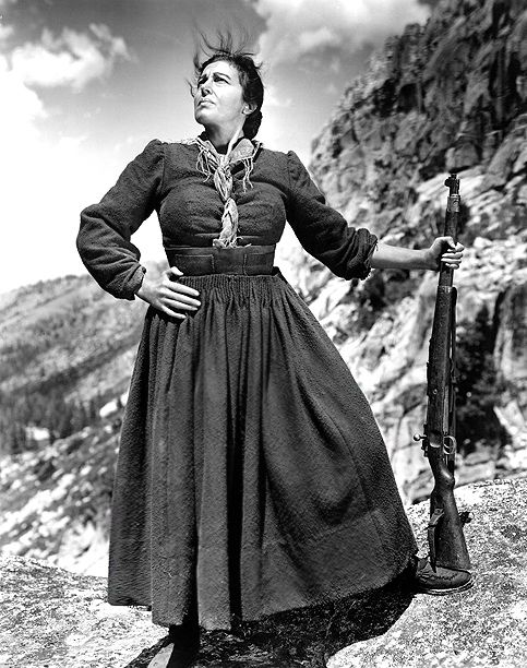 """1943: Katina Paxinou in """"For Whom the Bell Tolls."""""""