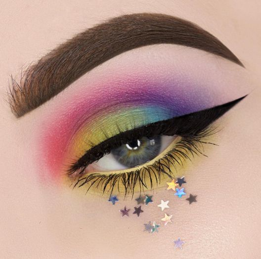 Eye look by @beautybypaislet using the Take Me To Brazil Palette