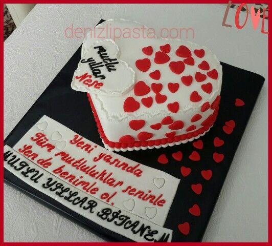 Sevgiliye pasta  #valentinesday #birthdaycake #gramcake #happy #best #kalplipasta #aşk #sevgi #evlilik #seniseviyorum
