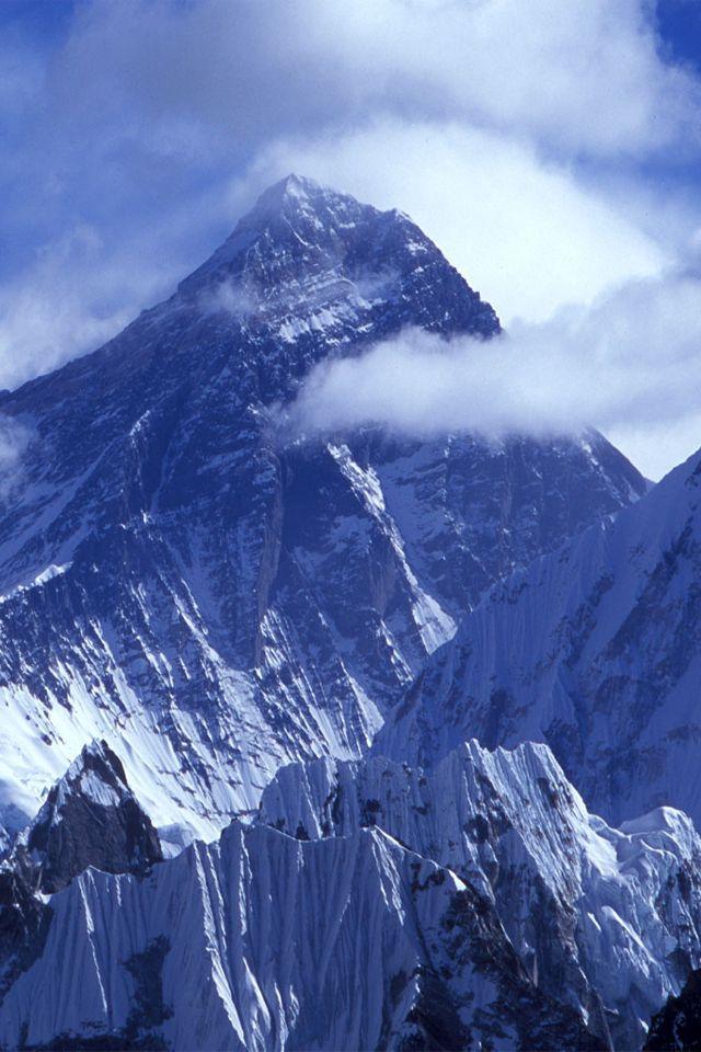 高くそびえる姿がかっこいい、ヒマラヤ山脈の見所