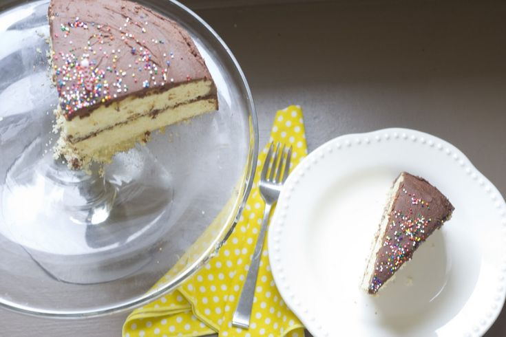 Yellow Butter Cake Recipe Joy Of Baking: 17 Best Ideas About Yellow Birthday Cakes On Pinterest