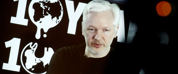 Julian Assange: Obama Is Trying To 'Delegitimize' Trump With Russia Hack Claims - The Daily Caller