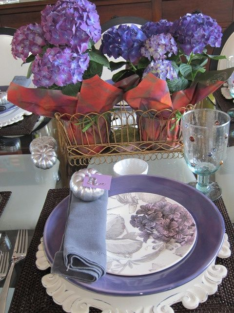 Décor Ideas In Dramatic Purple | DigsDigs