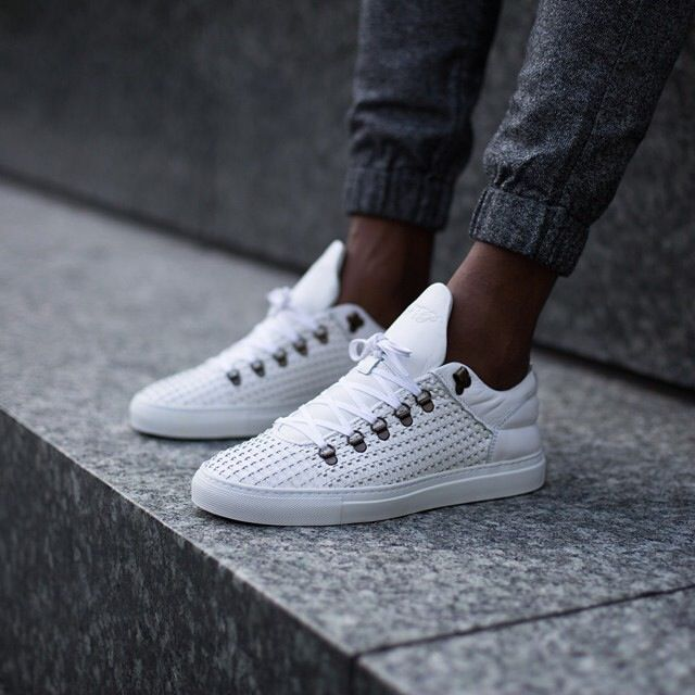 Fashion. Filling Pieces. Shoes.