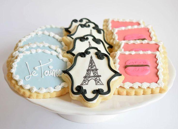 Paris themed sugar cookies #melissagracedesserts #dessert #cookies #sugarcookies…